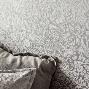2-morris-pure-wallpaper-strawberry-thief-non-woven-detail-neutral-constrast-classics-light-interiors